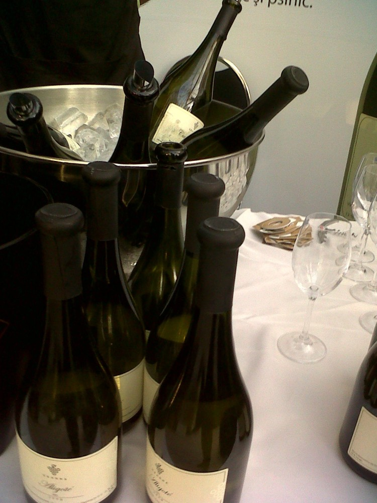 Good, Good Wine (2/6)