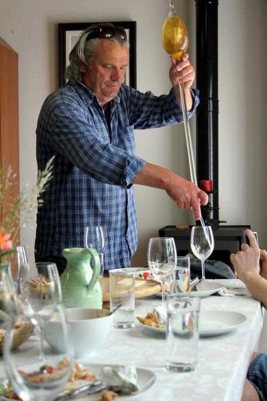 servirea vinului din pipeta
