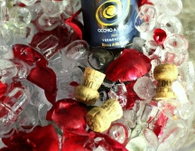 vinuri si petale de trandafiri