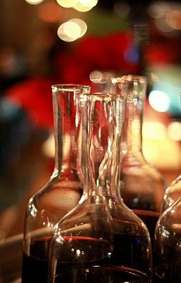 aerisirea vinului in carafe