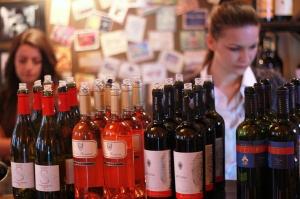 preparing wines for tasting