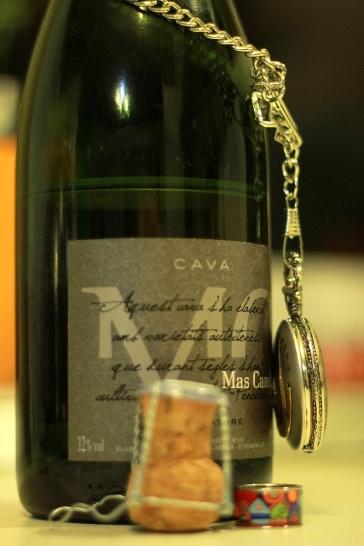 Cava enhanged with jewelery