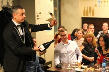 deschiderea vinului spumant