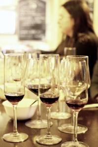 vin dulce grecesc si halva