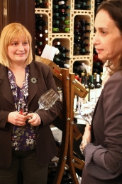 discutie despre vin