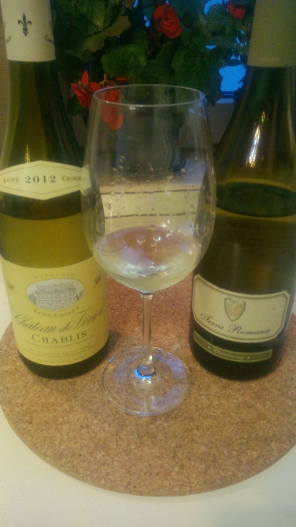 doua Chardonnay-uri