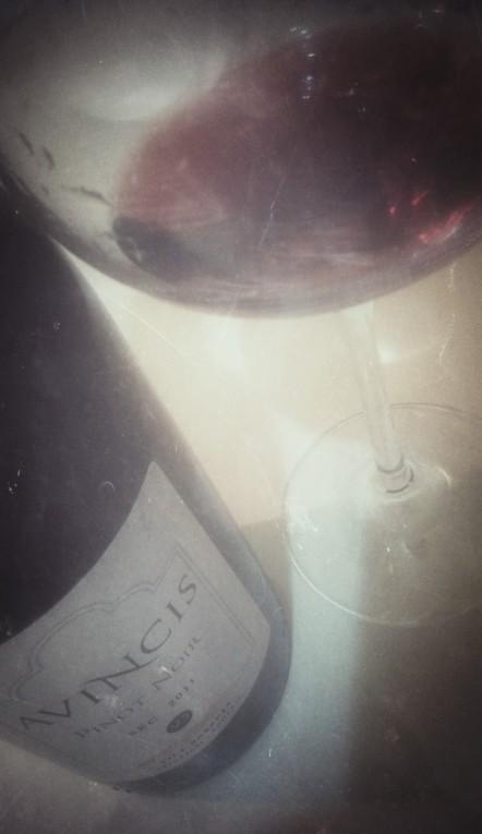 2011 Avincis Pinot Noir