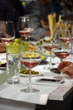 vinuri de sarbatoare
